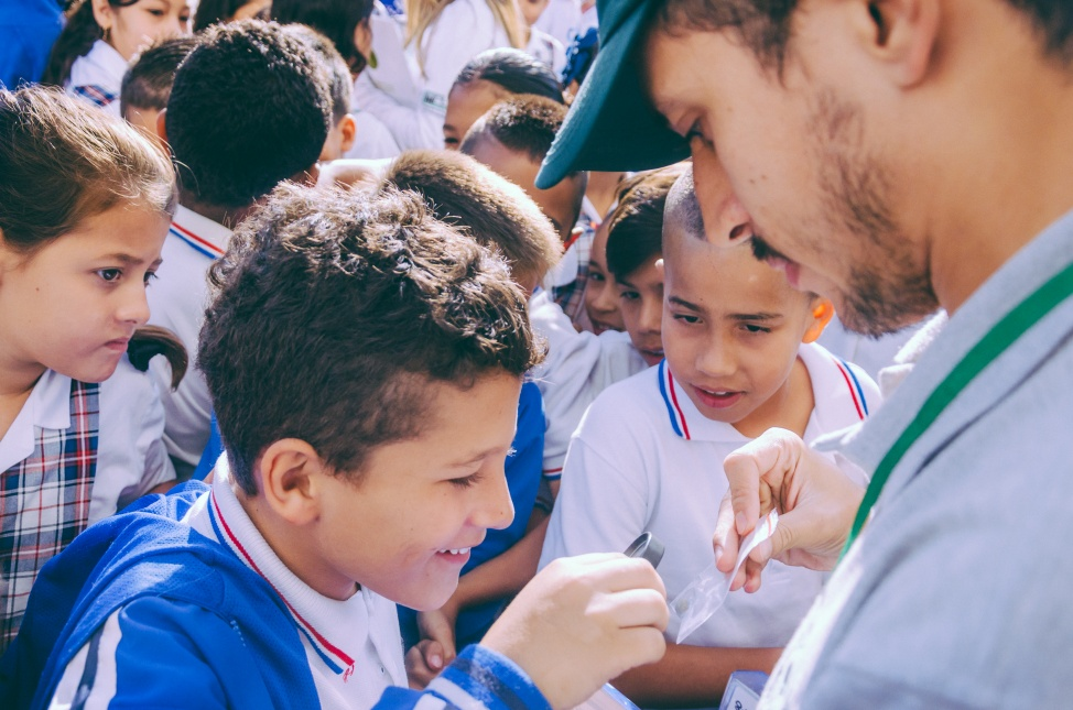 School students are growing and releasing their own Wolbachia mosquitoes in Paris, Colombia. Credit: Eliminate Dengue Colombia