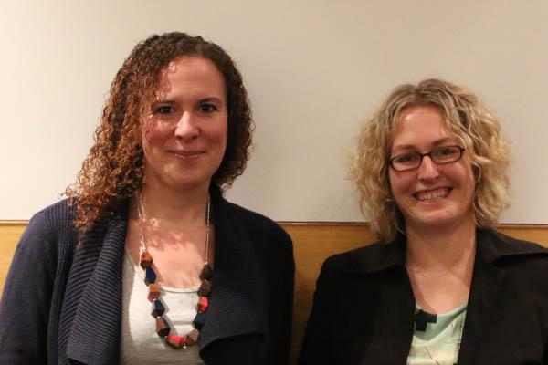 Hayley Newton and Catherine Satzke accepting their Frank Fenner award