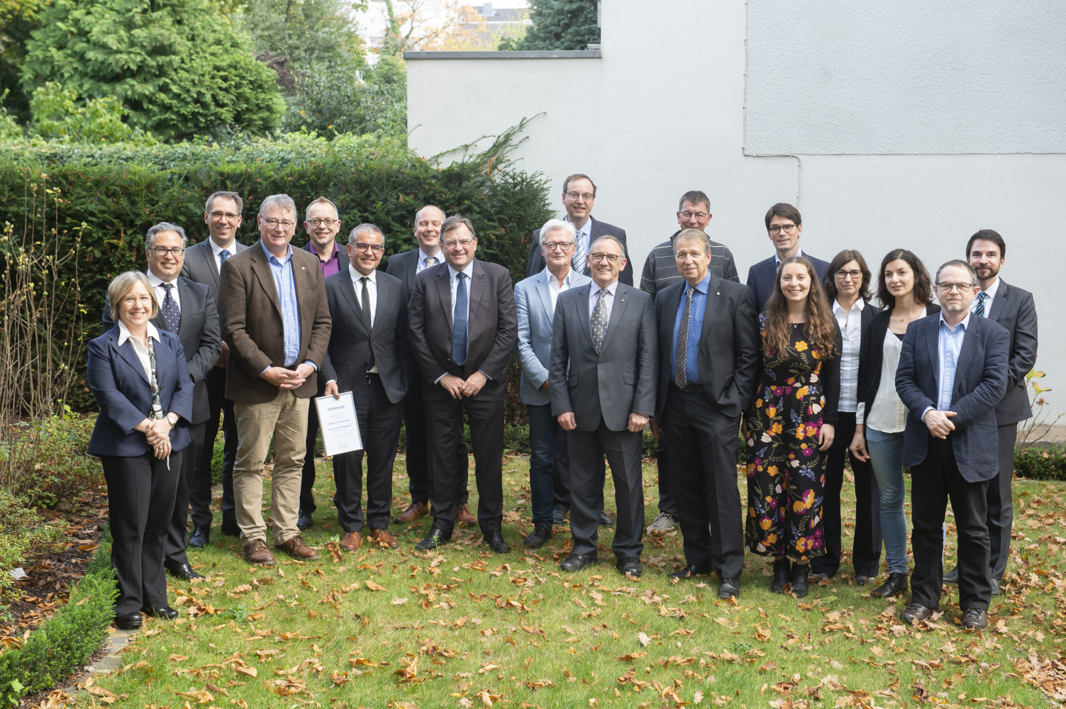 The University of Melbourne and Bonn University have renewed a joint PhD program.