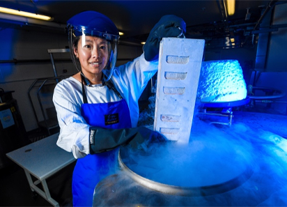 Dr Oanh Nguyen with cryopreserved influenza-infected samples