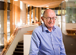 Professor Roy Robins-Browne appointed an Officer (AO) of the Order of Australia.