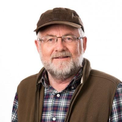 Dr Bill Maskill