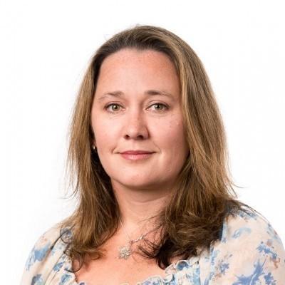 Dr Julie Louise McAuley