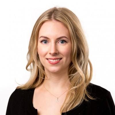 Dr Laura Mackay