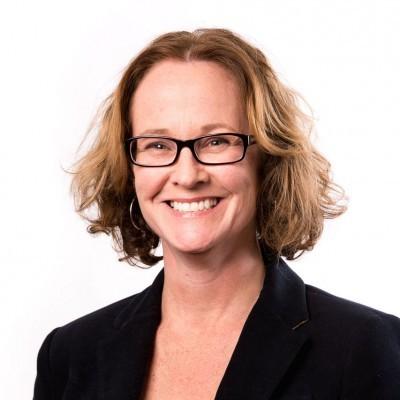 Professor Elizabeth Hartland