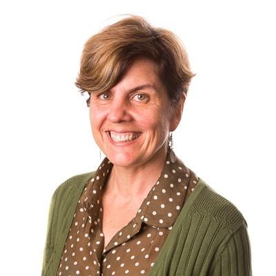 Dr Annette Fox
